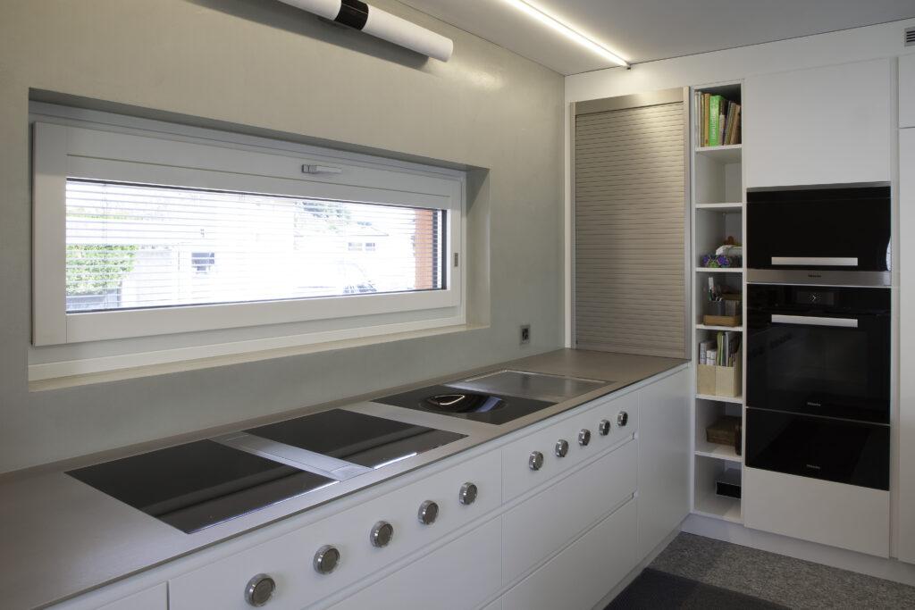 Cucina bianca fatta su misura
