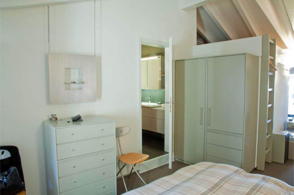 Scarpiera e armadio di una casa privata in Ticino