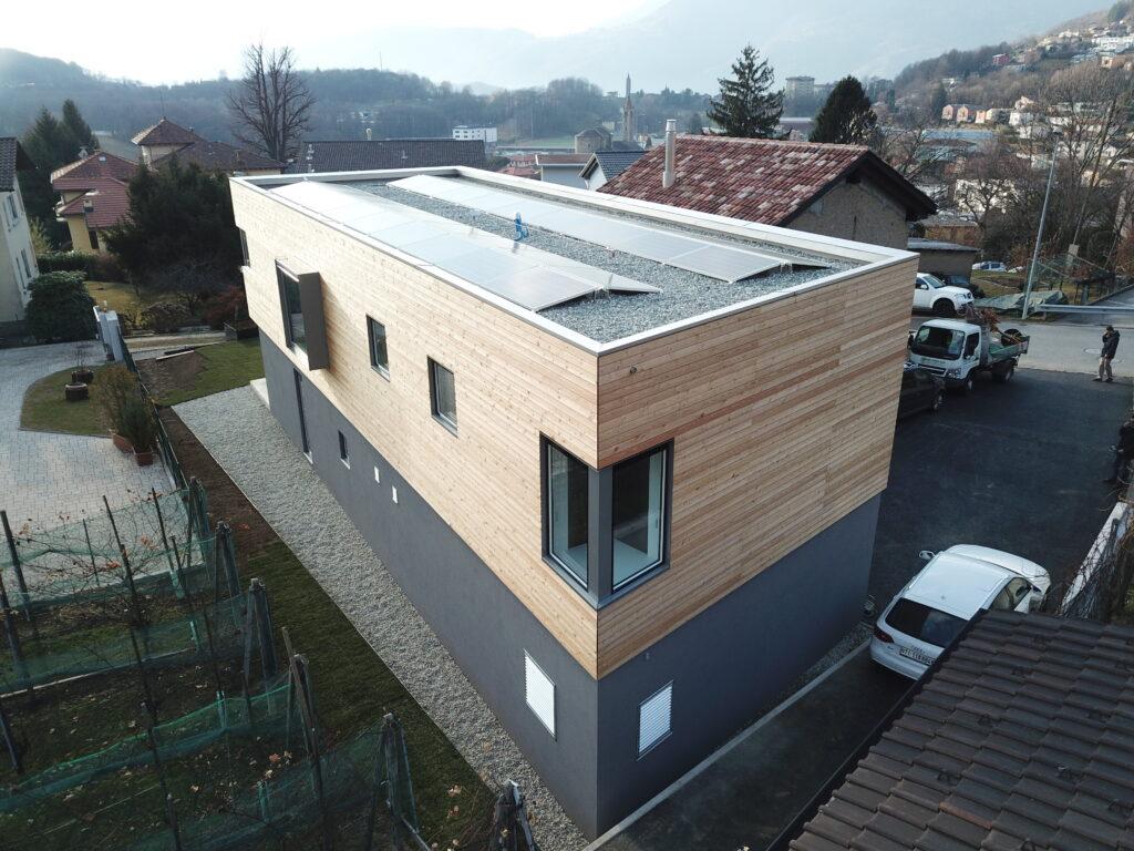 Infissi struttura simil legno in Ticino