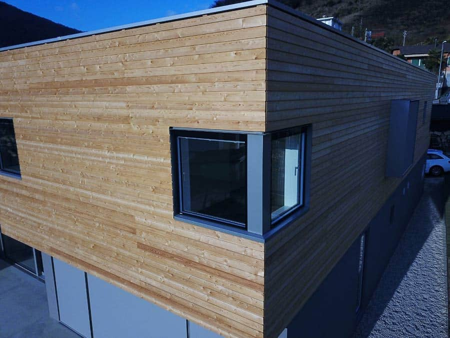 Dettaglio di uno stabile in legno